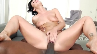 Big Ass Jada Stevens Shakes &amp_ Cums 4 Mandingo'_s HUGE BBC